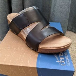 Dansko Lacee sandal